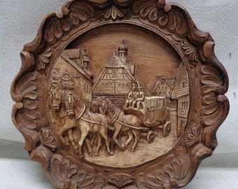 """Very Decorative """"Old Town"""" Wooden Carved Wall Hanging- 8.5"""" Diam.- ANTIQUE"""