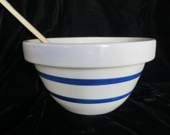 Mixing Bowl Robinson RansBottom Roseville Ohio  //  Marked #303 Mixing Bowl  //  Blue Stripes on Gray Heavy Ceramic Bowl  // Great Condition