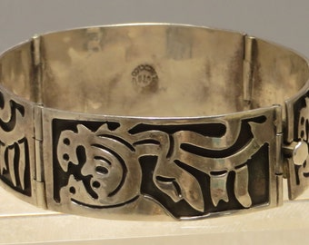 Vintage Sterling silver Mexico chunky Mayan Aztec tribal hinged panel bracelet