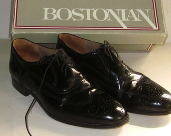 Vintage Men's Black Leather BOSTONIAN WINGTIP SHOES-8 M Leather Made in Italy
