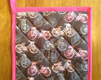 Retro Pink and Gray Potholder, Quilted French Pot Holder, Bicycles, Fleur de Lis