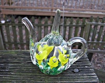 Joe St. Clair Art Glass Paperweight And Ring Holder, Yellow Flowers With Bubble Centers, Artist Stamped On Bottom