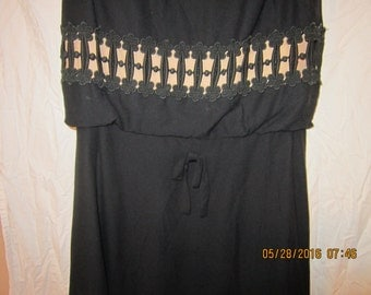 Perfect Little Black Dress With embroidered Lace Detail size M