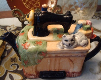 Vintage Cat on Sewing Machine Teapot - Good Condition!!