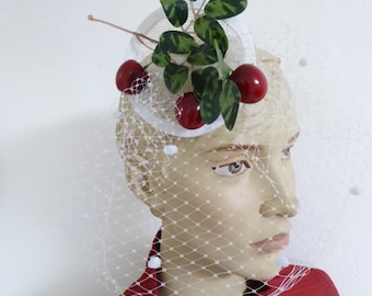 CHERRY fascinator with veiling, cream and white