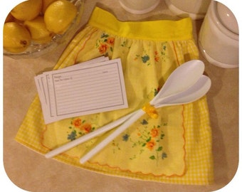 Childs apron set