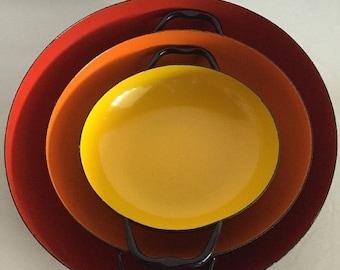 ON SALE Vintage Mid Century Danish Modern 3pc. enameled nesting pan set made in Poland!