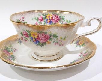 Royal Albert Tea Cup and Saucer, Antique Teacup, Floral Tea Cups, Tea Set, Vintage Tea Party, English Bone China Cups, Flower Gold Cups