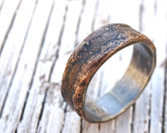 bronze ring silver band, unique mens ring bronze, personalized mens ring bronze wedding band for men, cool engagement ring wood grain