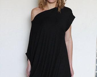 Oversize Tunic / Maxi Dress / Midi Dress / Asymmetric / Black Tunic / One size byJMSTYLE