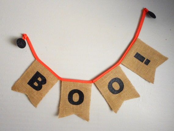 Halloween burlap banner - burlap sign - rustic banner - Halloween decor - swallow tail - mantel banner - burlap flags - Boo sign