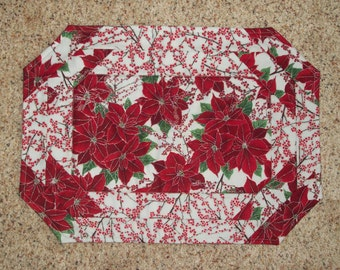 Quilted placemats made from beautiful Christmas poinsettia fabrics