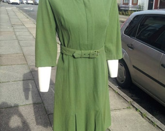 Lovely original 1940s/50s green wool day dress with matching belt