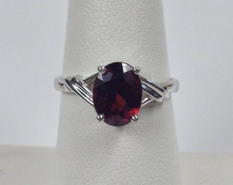 Natural Garnet Solitaire Ring 925 Sterling Silver