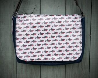 Large  Shark Print Messenger Bag