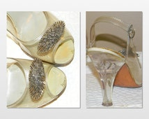 Vintage Clear Plastic Shoes Cinderella Shoes Glass Slippers w/Carved Lucite heels Vintage 1950s Pin-up Girl Style Retro Chic