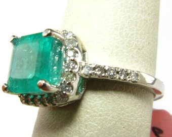 2.39 Carat Emerald & Diamond 14k White Gold Ring - Size 6.5