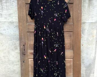 Vintage 90's Black Floral Print All-over Pleated Tea Length Maxi Dress by Positive Attitude