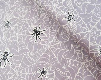 Spooktacular - Caught in a Web(gray) - May 2016 - Maude Asbury - Blend Fabrics