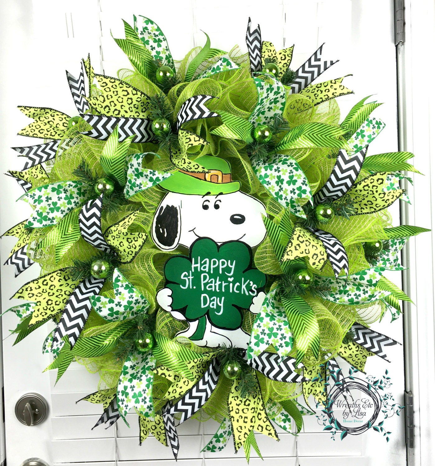 deco mesh st patricks day wreath st patricks day snoopy. Black Bedroom Furniture Sets. Home Design Ideas