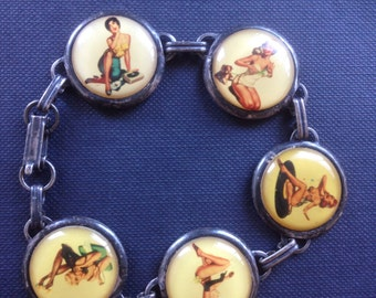 Gorgeous original pin up bracelet from the 1950s