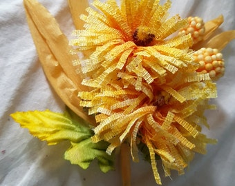 Bright SUNSHINE YELLOW spray great for crafting scrapbooking or using as a corsage shabby chic