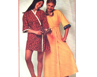 Simplicity Sewing Pattern 9627 Misses Robe  Size:  8-10  Uncut