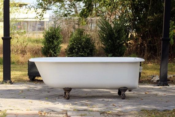 large 5 5 antique refinished clawfoot bathtub white cast iron