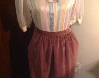 Velour vintage skirt, Dusty Rose Color,  Gathered waist, Side pockets, decorative hem
