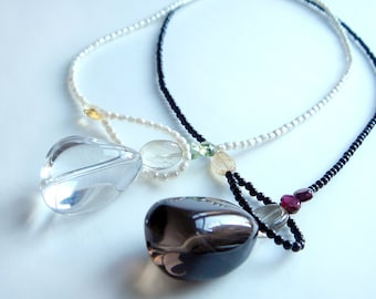 Nuit - Beaded Lariat Necklace