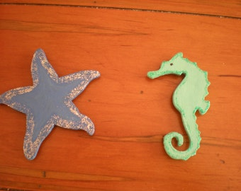 Hand Painted Starfish Magnet, Hand Painted Seahorse Magnet, Hand Painted Nautical Magnets, Hand Painted Refrigerator Magnets, Wooden Magnets