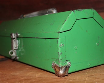 Vintage Shabby Chic Green Nielsen Toolbox
