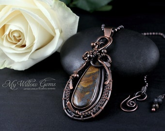 Earthy Wire Wrapped Tiger Iron Necklace - Copper and Gemstone Pendant - Energy Talisman