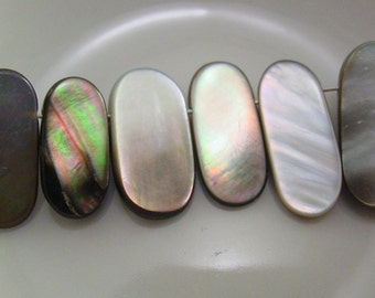 Mother of Pearl Oval Flat Bead - 10 Beads #5393