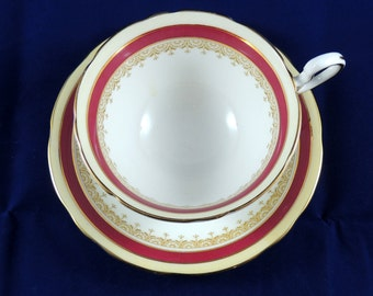 1950's Aynsley Bone China Teacup and Saucer Wendover Pattern