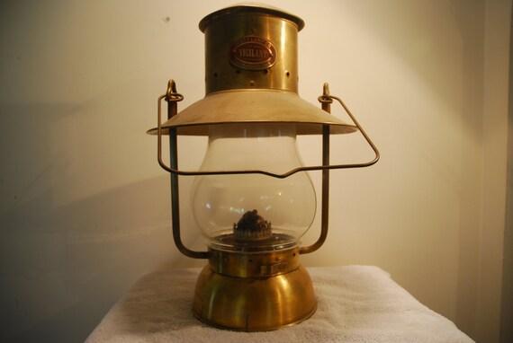 Scott Lamp Company California Vigilant Kerosene Lamp