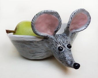 Cute Big Ears Small Mouse Ceramic Bowl, Hand painted Ceramic trinket dish, mouse Jewelry Dish, condiment dish, Mouse sculpture, catchall