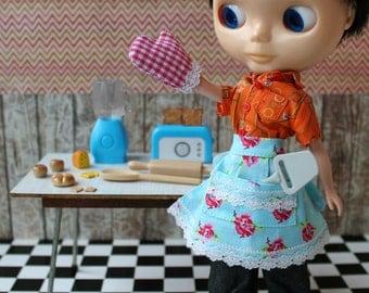 Doll Apron Oven Mitt Incl. Bread Cheese Toaster Blender for Barbie Blythe Pullip Makie kitchen utensils