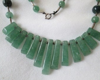 1970s Jade Beaded Necklace