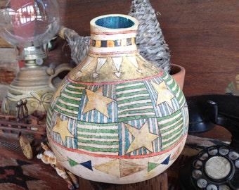 Decorative vase // decorative gourd // painted gourd // painted vase