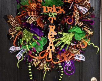Witch wreath,Wicked Witch Wreath, Halloween deco mesh wreath,Halloween wreath,Witch Halloween wreath,witch boots, witch hat,trick or treat