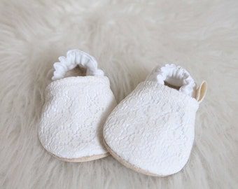 White with Lace Baby Girl Shoes, Baby Girl Shoes, White Baby Shoes, Lace Baby Girl Shoes, Babtism Shoes, baby Shoes, baby Booties