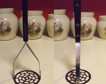 Vintage Household House Hold Potato Food Masher Ricer Smasher Riveted Round Slotted Head Black Handle Kitchen Tool Utensil Stainless USA
