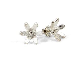 Daisy Stud Earrings.