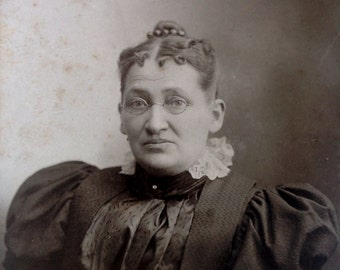 A Proper Lady in Spectacles  // Old lady in Victorian fashion // Antique caninet card of woman with puffy sleeves