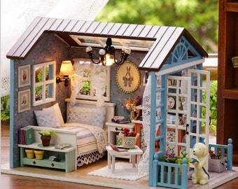 wooden dollhouse miniatures 1:12 - furniture kit set doll house with led lights