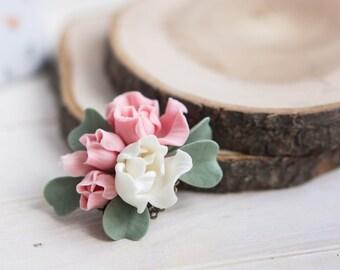 Flower Brooch, Roses, Rose brooch, Pink flowers, White flowers, Polymer clay, Polymer clay brooch, Brooch, Flower jewelry