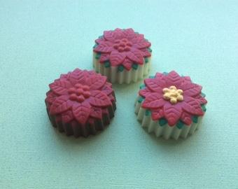 Chocolate Dipped Oreos - Poinsettia (1 Dozen)