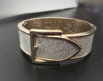 Shiny Silver/Gold Belt-buckle looking Bangle