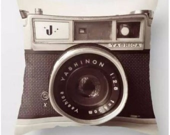 Vintage Camera - Pillow Cover